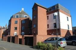 Flat To Let  Manningtree Essex CO11