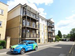 Flat To Let  Imperial Court Essex CO1