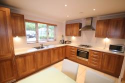 Flat To Let  Rosewood Apartments Surrey CR8