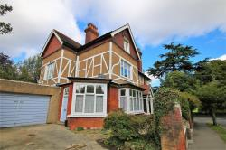 Flat To Let  Croham Park Avenue Surrey CR2