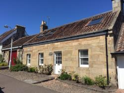 Terraced House To Let  Letham Fife KY15