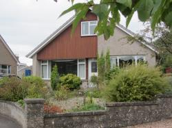 Detached House To Let  Cupar Fife KY15