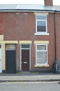 Terraced House To Let  Reeves Road Derbyshire DE23