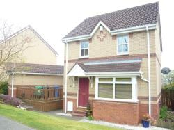 Detached House For Sale  Parklands Crescent Fife KY11