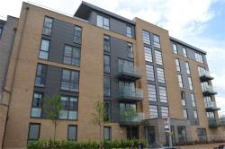 Detached House To Let  Vale Court Middlesex TW8