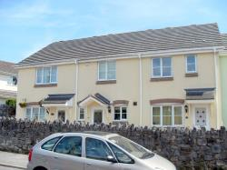 Terraced House To Let  NEWTON ABBOT Devon TQ13