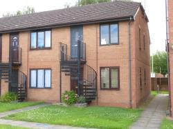 Flat For Sale  Gloucester Gloucestershire GL4