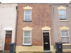 Terraced House To Let  Gloucester Gloucestershire GL1
