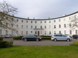 Flat To Let  The Crescent Gloucestershire GL1