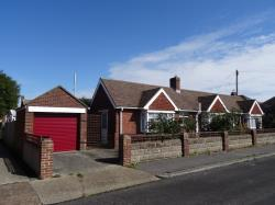 Detached Bungalow To Let  Lee On The Solent Hampshire PO13