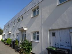 Terraced House To Let Rowner Gosport Hampshire PO13