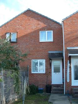 Terraced House To Let  Foxburrows Court Surrey GU2