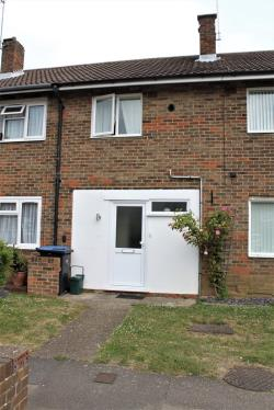 Terraced House To Let  HARLOW Essex CM20