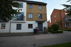 Terraced House To Let Newhall Harlow Essex CM17