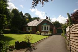 Detached Bungalow For Sale  Harrogate North Yorkshire HG2