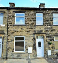 Terraced House For Sale  Oakes Road West Yorkshire HD3