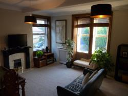 Flat To Let  Newsome West Yorkshire HD4