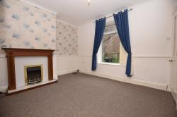 Terraced House To Let  Huddersfield West Yorkshire HD3