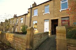 Terraced House To Let  Birkby West Yorkshire HD2