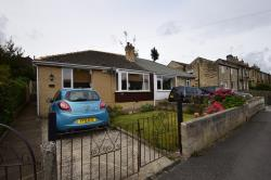 Semi - Detached Bungalow To Let  Huddersfield West Yorkshire HD5