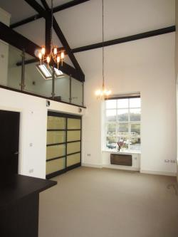 Flat To Let  Kirkburton West Yorkshire HD8