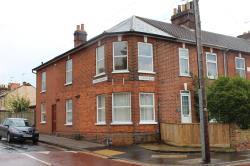Semi Detached House To Let  Alan Road Suffolk IP3