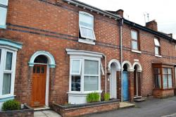 Terraced House To Let  Leamington Spa Warwickshire CV31