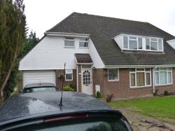 Semi Detached House To Let  Leatherhead Surrey KT22