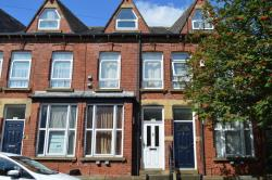 Terraced House To Let Off Woodhouse Lane Leeds West Yorkshire LS2
