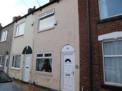 Terraced House To Let  Castleford West Yorkshire WF10