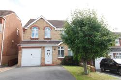 Detached House To Let  Pontefract West Yorkshire WF8