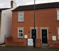 Terraced House To Let  Woodlesford West Yorkshire LS26