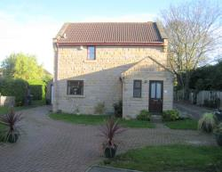 Detached House To Let Sherburn-In-Elmet Leeds West Yorkshire LS25