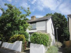 Semi Detached House To Let  Horsforth West Yorkshire LS18