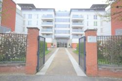 Flat For Sale  Watkin Road Leicestershire LE2