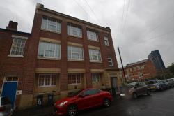Flat To Let  Andover House Leicestershire LE2