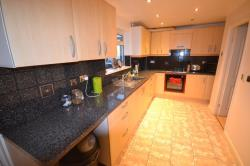 Terraced House To Let  Sunbury Green Leicestershire LE5