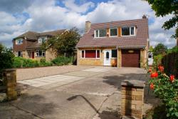 Detached House For Sale Swinderby Lincoln Lincolnshire LN6