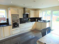 Detached House For Sale  Spital Merseyside CH63