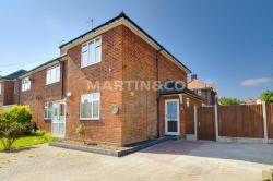 Flat To Let  Finchingfield Ave Essex IG8
