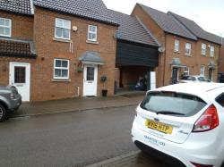 Detached House To Let  Arnold road Essex EN9