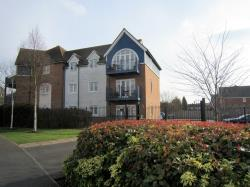Flat For Sale  Larkfield Kent ME20