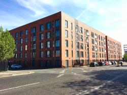 Flat To Let  Derwent St Greater Manchester M5