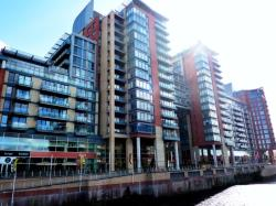 Flat To Let  Spinningfields Greater Manchester M3