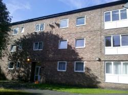 Flat To Let  Meade Manor Greater Manchester M21