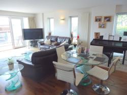 Flat For Sale  Prestwich Greater Manchester M25