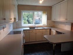 Detached House To Let  Whitefield Greater Manchester M45