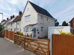 Terraced House For Sale  Church Road Nottinghamshire NG21
