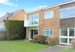 Flat To Let  Lymington Hampshire SO41
