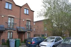 Terraced House For Sale  Newark Nottinghamshire NG24
